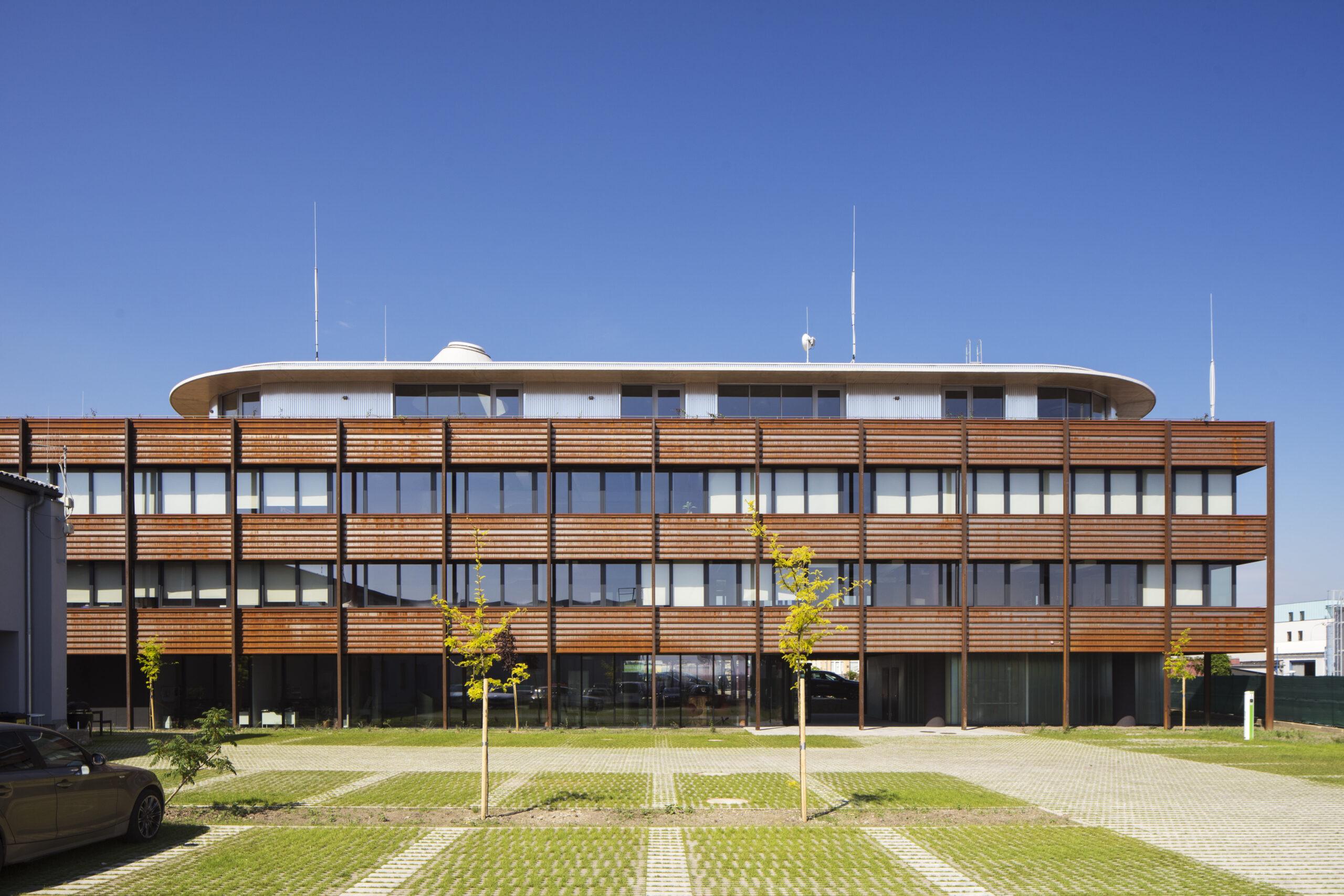 Administrativní budova Pohl CZ/ Pohl´sOffice building